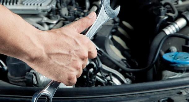 Rangidos e estalos em carros podem indicar falta de manutenção