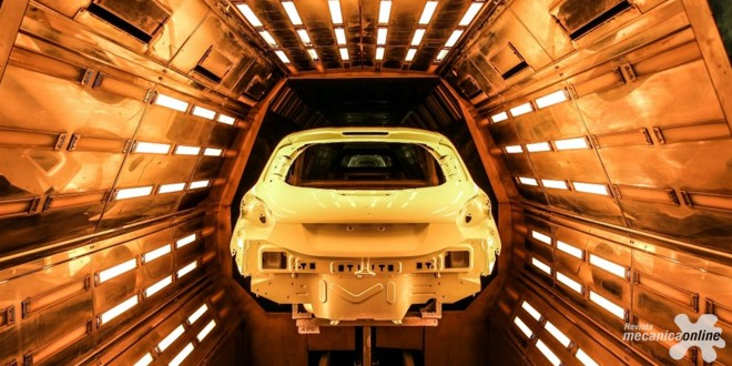PSA Peugeot Citroën estreia seu motor PureTech Flex  –  o mais econômico do Brasil – no lançamento industrial do  Novo Peugeot 208
