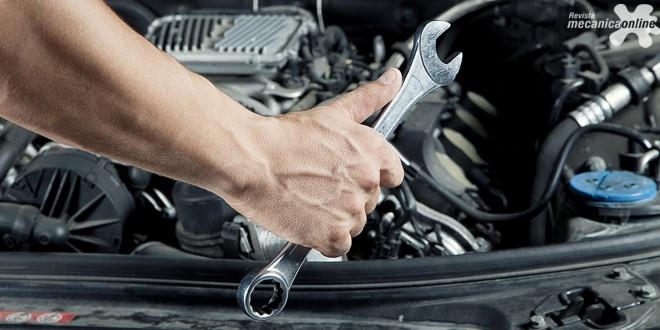 Fazer revisão do veículo e de ferramentas obrigatórias é fundamental para evitar transtornos nas viagens