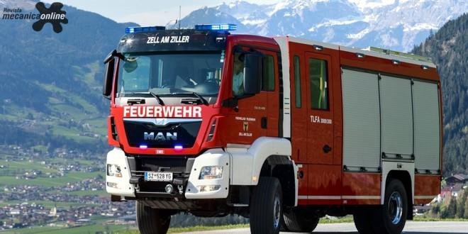 Caminhão MAN, que sai de fábrica com transmissão Allison, vai para os bombeiros de Zell am Ziller