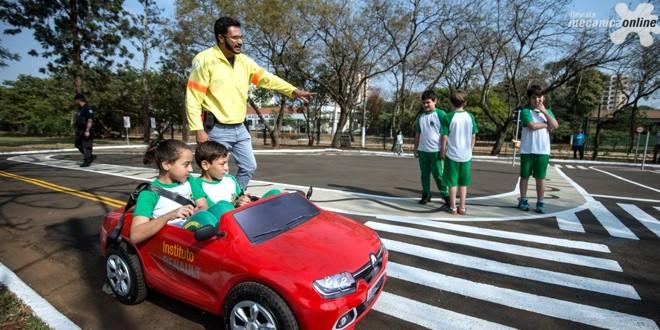 Instituto Renault lança programa de educação no trânsito em São Paulo, em parceria com a CET