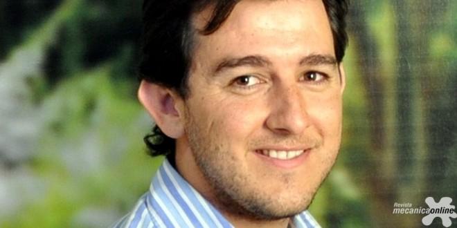 Engenheiro da FPT Industrial recebe menção honrosa no Congresso SAE BRASIL 2016