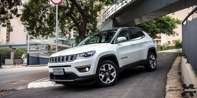 Jeep® Compass chega liderando e superando metas