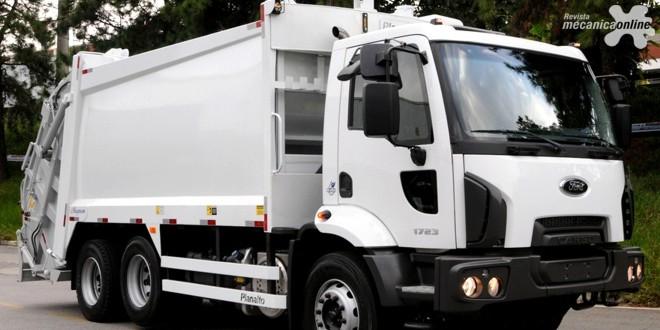 """Ford vence quatro prêmios """"Top Truck TV 2016"""" com caminhões da linha Cargo, Torqshift e F-350"""