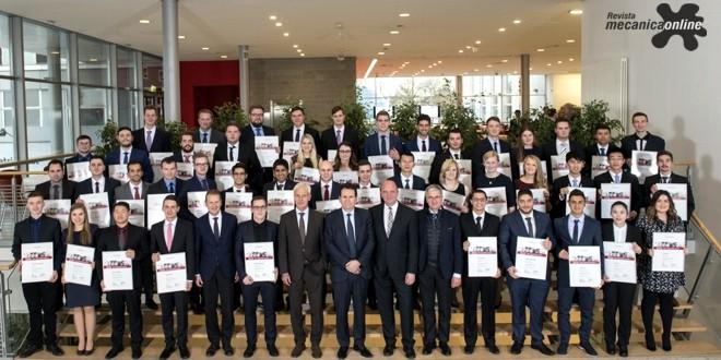 Grupo Volkswagen homenageia aprendiz brasileiro entre os melhores do mundo