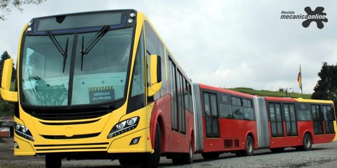 Scania apresenta primeiro ônibus biarticulado movido a gás natural