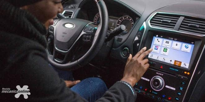 Carro empático é capaz de entender e reconhecer o humor do motorista