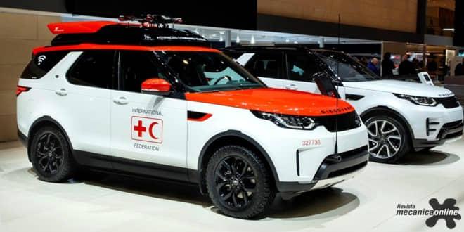 """Novo Land Rover Discovery """"Project Hero"""" inclui drone desenvolvido para ajudar a cruz vermelha a salvar vidas"""
