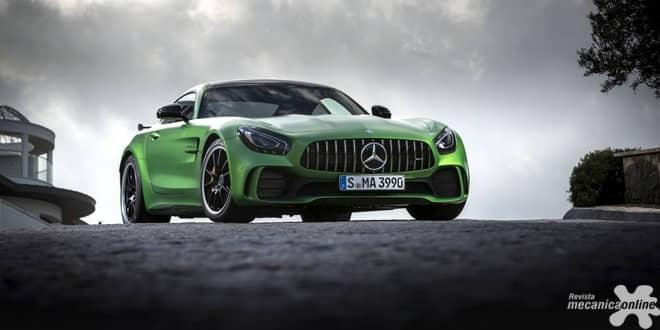 Mercedes-Benz inicia vendas do AMG GT R no Brasil