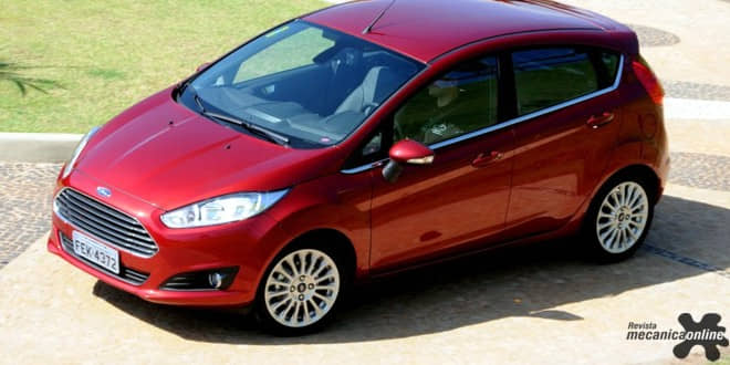 Com dólar menor, Ford reposiciona preços do New Fiesta