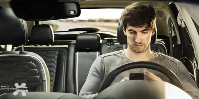 """Pesquisa da Ford Europa revela o comportamento dos jovens da """"geração bumerangue"""" ao volante"""
