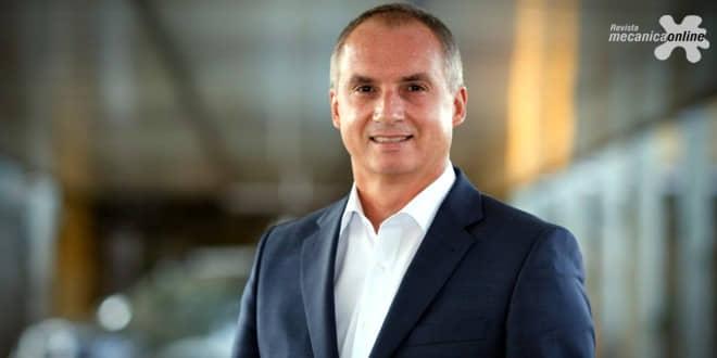 Mudanças no comando da Renault