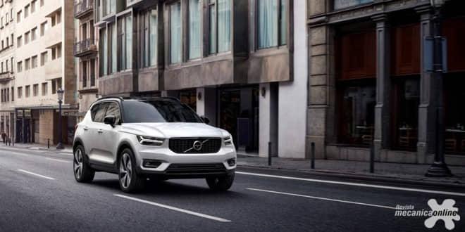 Volvo Cars revela Novo XC40 em loja de design escandinavo em Milão, na Itália