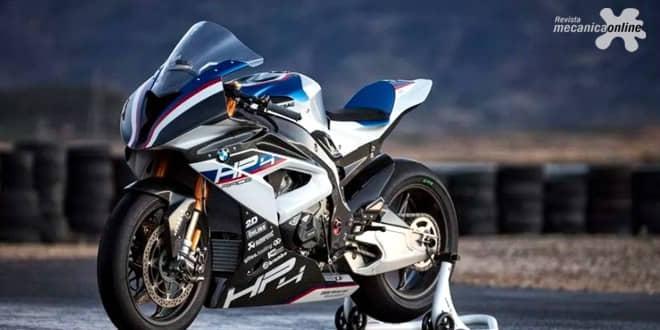 Com motocicleta de R$ 490 mil, estande da BMW Motorrad no Salão Duas Rodas está repleto de atrações