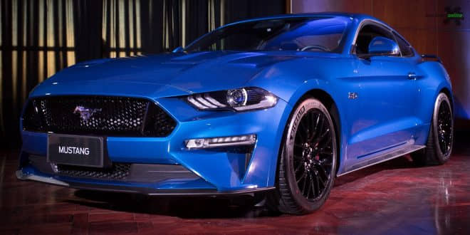 Por R$ 299,900, Ford Mustang inicia pré-venda no Brasil