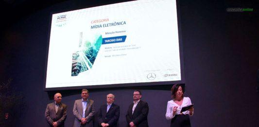 Tarcisio Dias, do Mecânica Online®, conquista menção honrosa no 13º Prêmio SAE BRASIL de Jornalismo Mercedes-Benz
